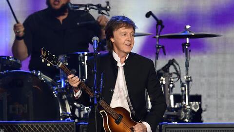 Paul McCartney en el escenario del festival Desert Trip