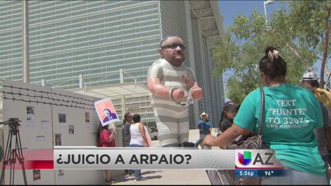 Grupo busca llevar a juicio a Arpaio
