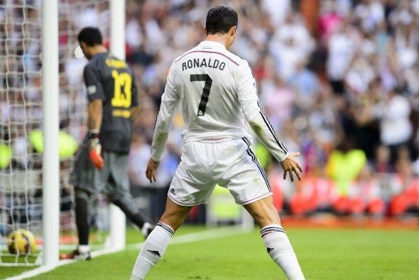 En la presente campaña de la Liga de España, Cristiano Ronaldo lleva la...