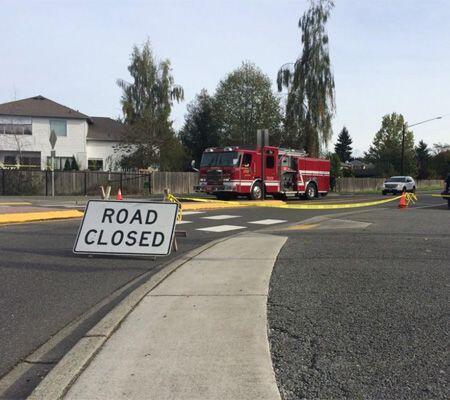 El paso en el área fue cerrado al tránsito por las autoridades. (Imagen...