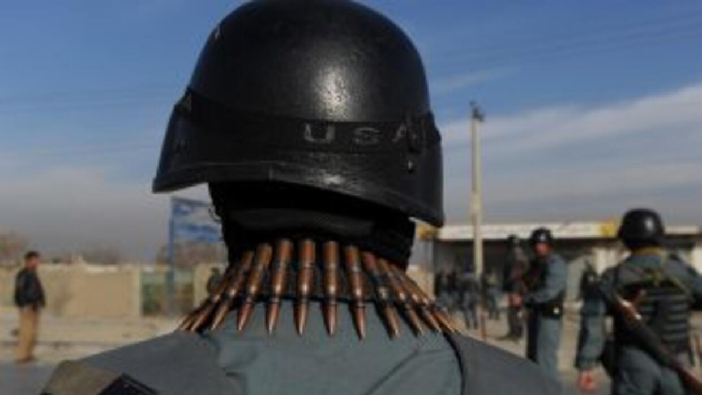 El ataque también dejó un saldo de 50 personas -23 policías, dos agentes...