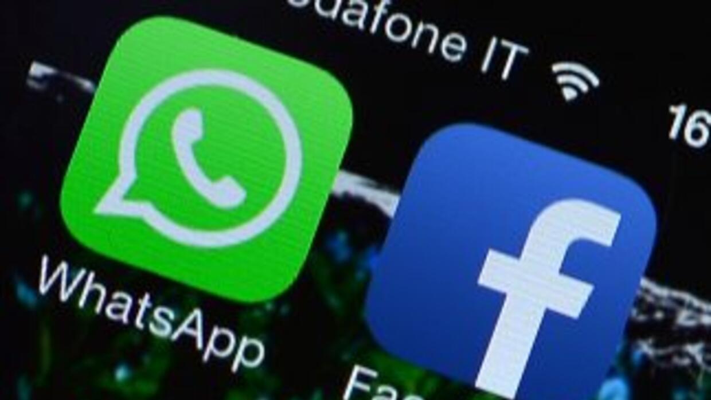 La Comisión Europea anunció el viernes que autoriza la compra de WhatsAp...