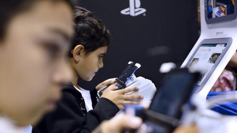 Los adolescentes pasan 9 horas al día consumiendo medios