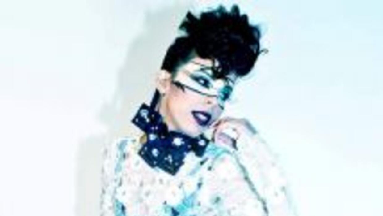JEO es la nueva sensación del pop urbano y viene dispuesta a conquistar...