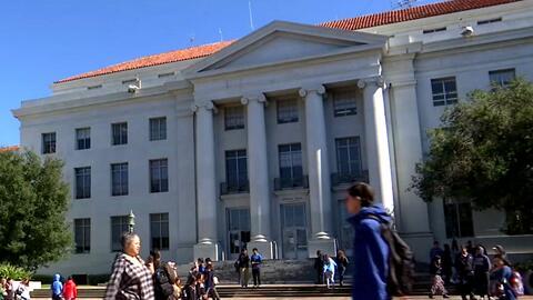 Universidades de California dicen a estudiantes que pedir ayuda financie...