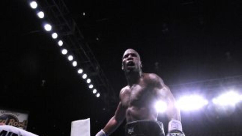 Yunieski González ganó por KO en el séptimo.