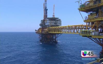 Precio del petróleo en su punto más bajo en 13 años