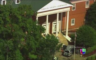 Autoridades abaten a un hombre armado en Atlanta