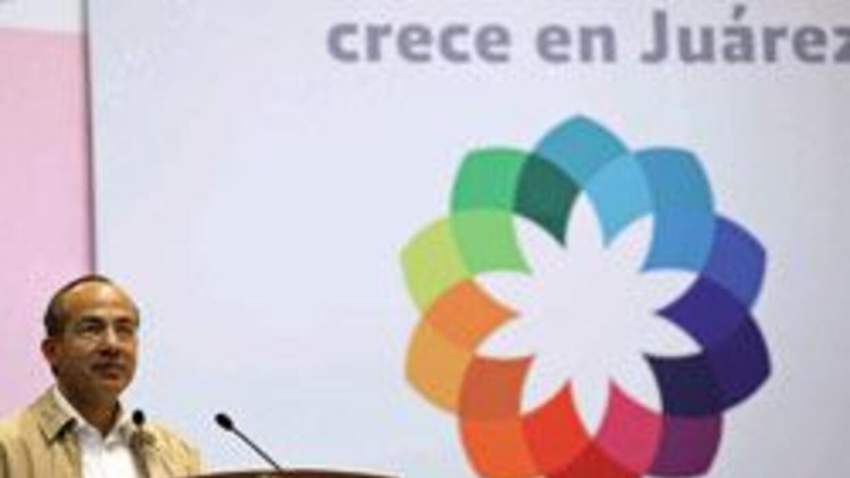 Calderón viaja a Ciudad Juárez en medio conmoción por muerte estadounide...