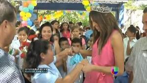Acompaña a Marisela de Montecristo en un emotivo recorrido por su pueblo...