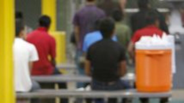 Solo en México suman 6,330 niños deportados de enero a mayo de 2014.