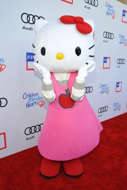 Su nombre correcto es 'Kitty White' y aunque esta parece una verdad nunc...