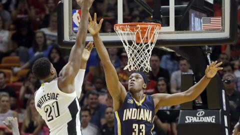 Hassan Whiteside consiguió 26 puntos y 22 rebotes.