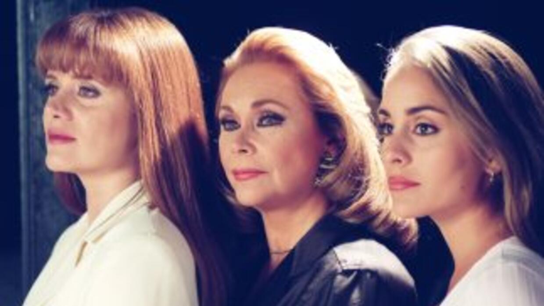 En Tres Mujeres conocerás apasionantes historias de amor.