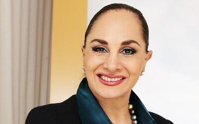 Susana Dosamantes contará su vida como madre de Paulina Rubio