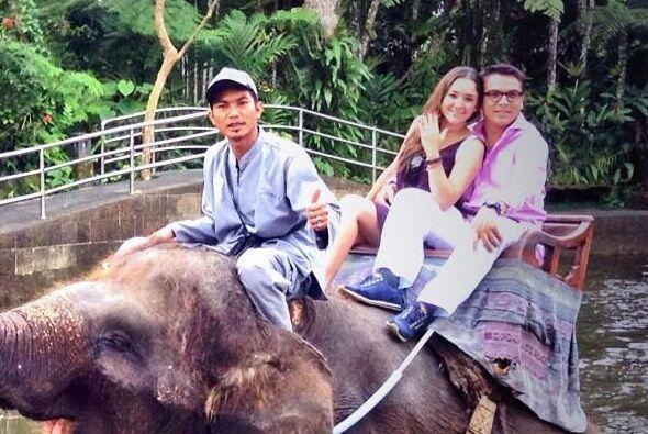 La actriz y el político mexicano viajaron a tierras asiáticas.