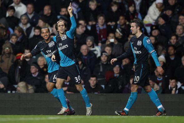 A tres minutos del final, Yossi Benayoun puso el gol del triunfo para el...