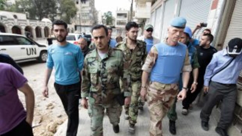 Los observadores militares de la UNSMIS han inspeccionado diversas regio...