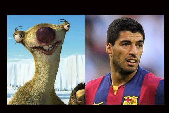 Para Suárez habíamos pensado en un disfraz de canino salva...