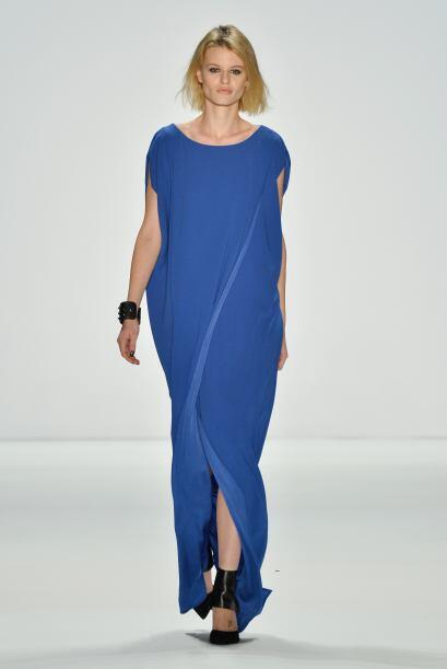 Túnicas: Al ser una prenda floja, puede ayudar a que cualquier cuerpo lu...