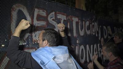 Las protestas son comunes en Argentina, pero la polarización política ha...