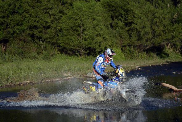 El piloto de motos francés Alain Duclos (Sherco) se adjudicó hoy la sext...