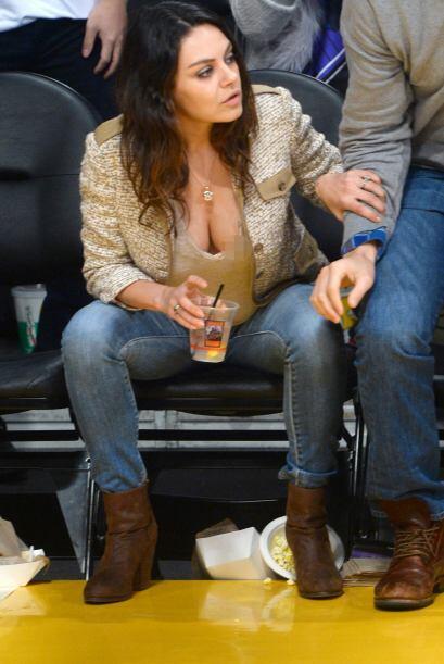 Y hay que admitirlo, Mila tiene nuevas curvas que la hacen lucir súper s...