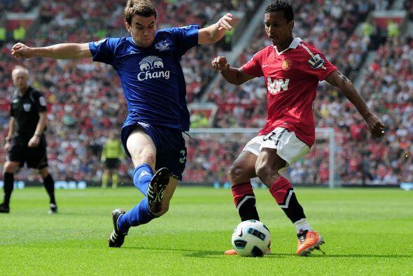 Los ataques del United eran por todos lados pero la defensa del Everton...