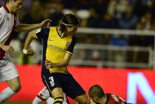 Barcelona y Atlético mantienen un punto de ventaja sobre el Real...