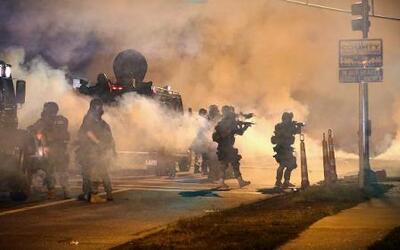 Así se vivió la madrugada del martes en Ferguson, Missouri