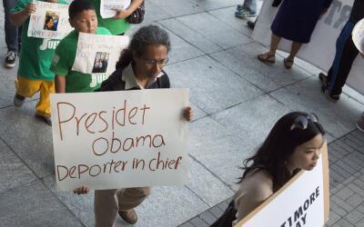 Protesta contra las redadas de inmigrantes.