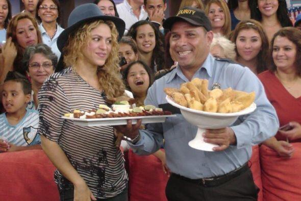 En el show la deleitaron con platillos de su natal Colombia.Mira aquí lo...