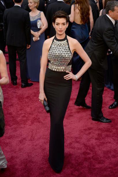 La que brilló de manera extraordinaria fue Anne Hathaway con ese vestido...