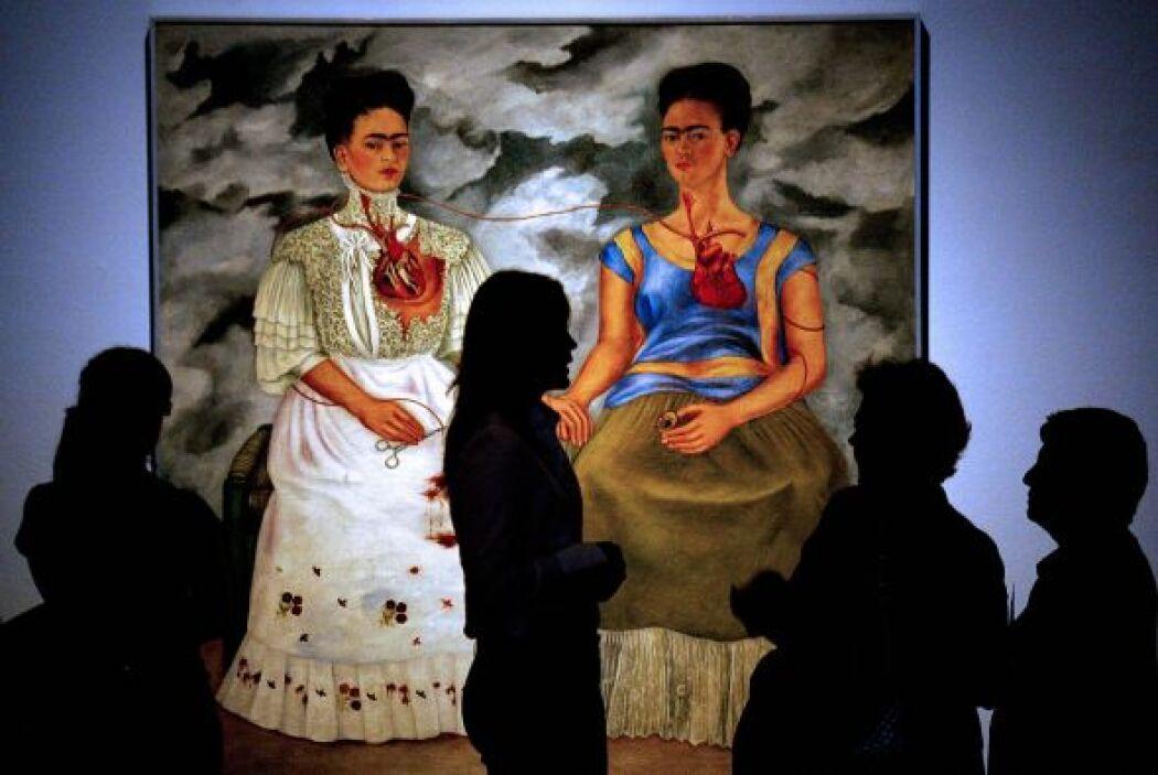 En uno de sus dibujos, en que el Kahlo se representa a sí misma desnuda...