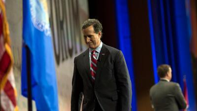 Los republicanos Rand Paul y Rick Santorum se retiran de la carrera pres...