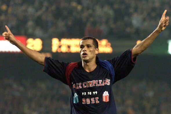 Rivaldo fichó con el FC Barcelona en 1997 y se quedó con e...