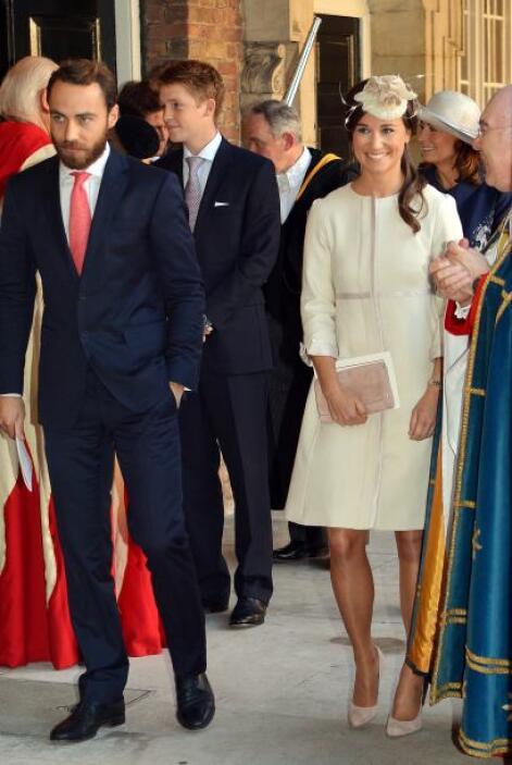 La familia de la duquesa Catherine no podía faltar, sus hermanos Pippa y...