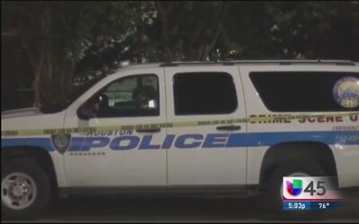 Una iniciativa del Departamento de Policía de Houston ayuda a reducir el...