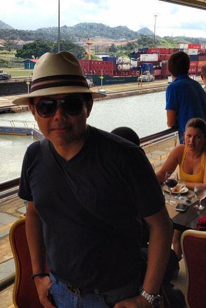 Aquí lo vemos en el Canal de Panamá, una importante v&iacu...