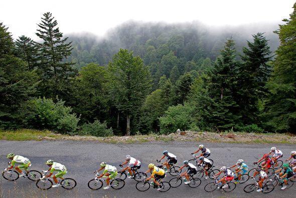 Última etapa de montaña del Tour que no cambió los papeles, pues la fort...