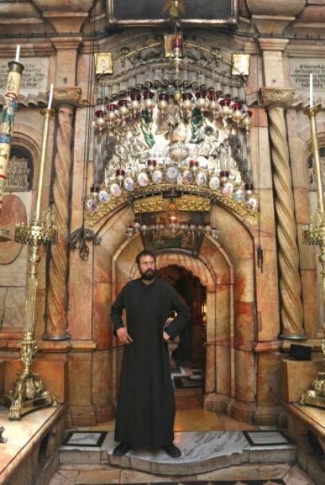 En este lugar se cree que fue enterrado Jesucristo, y sería el mismo lug...