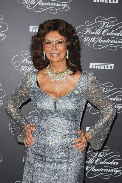 Sophia Loren sigue cautivando, a punto de cumplir 80 años.  Mira...