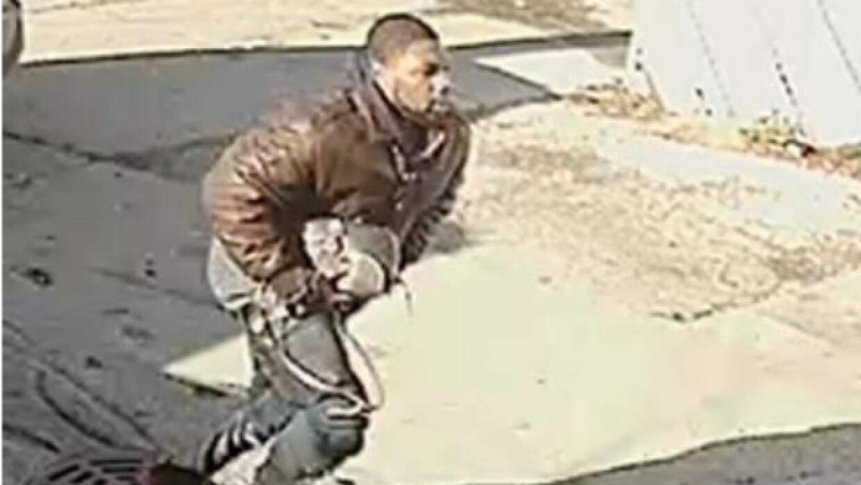 Sospechoso de asaltar a una mujer al suroeste de Chicago