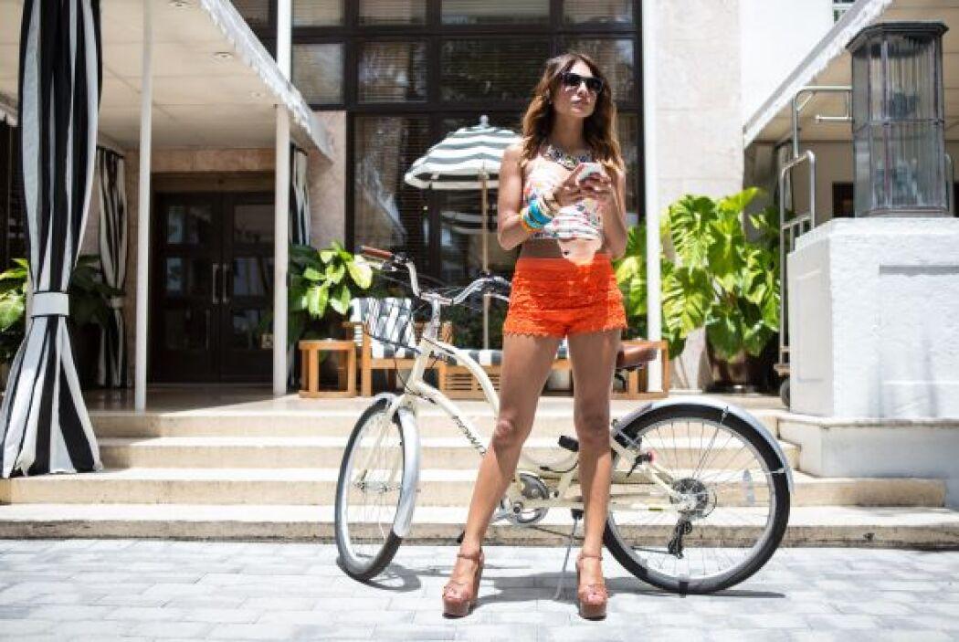 Además, Ale se montó en una bicicleta para hacer un poco de ejercicio.
