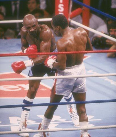Nuevamente contra pronóstico La pelea de Ray Leonard contra Marvin Hagle...