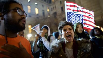 Protestan en NY por la exoneración de un policía