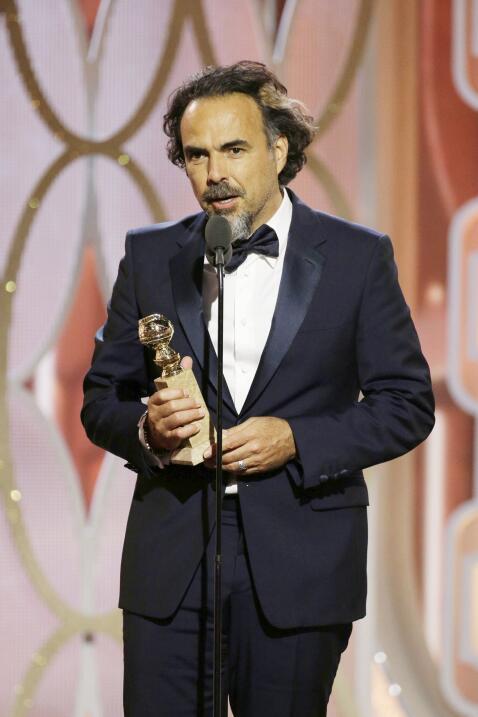 Dando su discurso de agradecimiento a Mejor Director en los Globes.