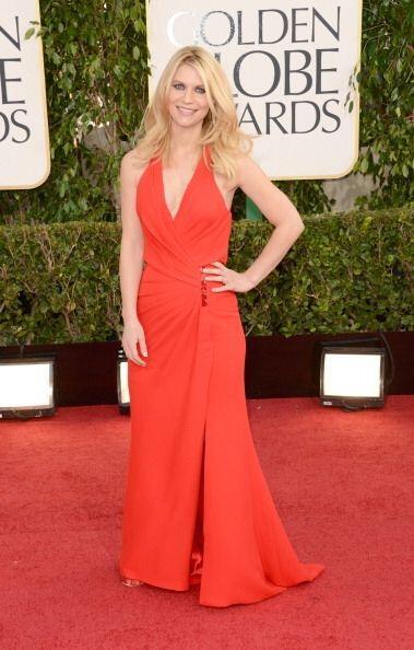 Este vestido rojo que usó Claire Danes nos dejó con la boca abierta, ya...