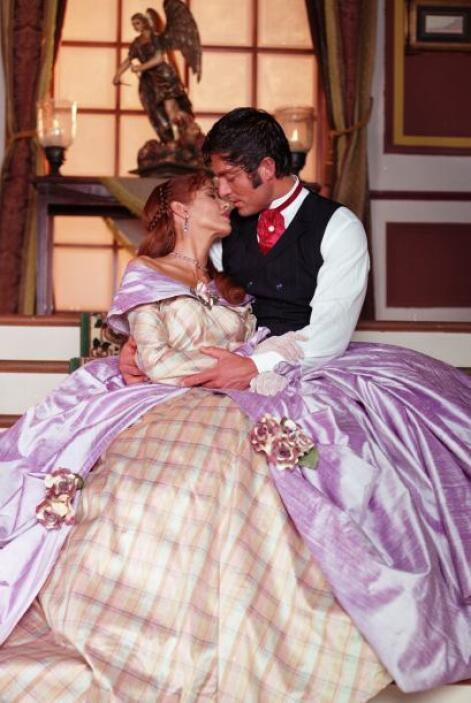 "Adela Noriega y Fernando Colunga tendrán ""Amor Real"" en Univision tlnove..."