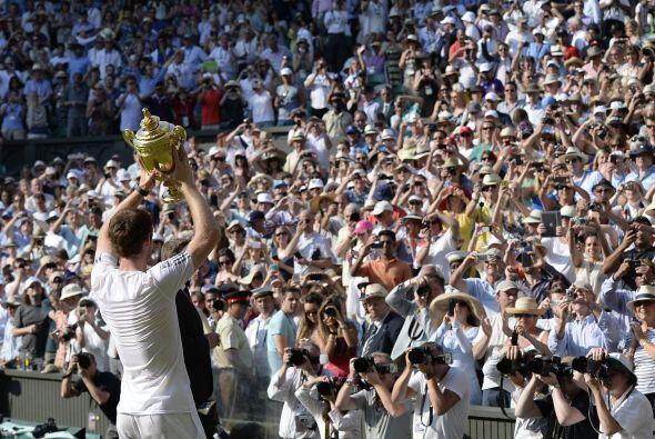 Murray se corona como el primer varón británico que gana el gran torneo...